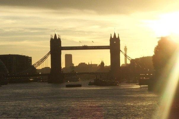 Romantic Escape to …London, UK [summertime]