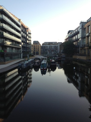 Regents Canal, best run time is actually at sunrise